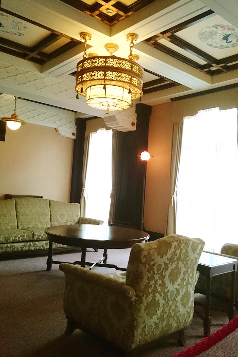 カフェドゥラプレス・旧貴賓室